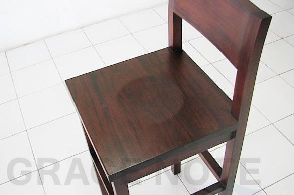 アジアン家具 シンプルでスタイリッシュなカウンターチェアー