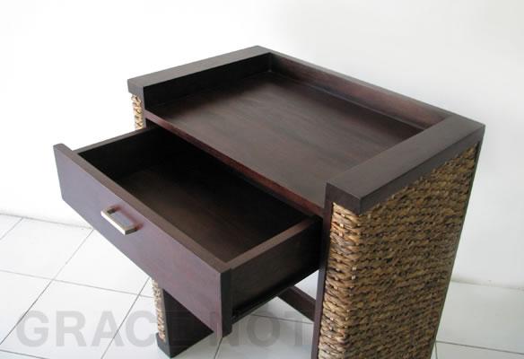 アジアン家具 ウォーターヒヤシンスを編み上げたサイドテーブル