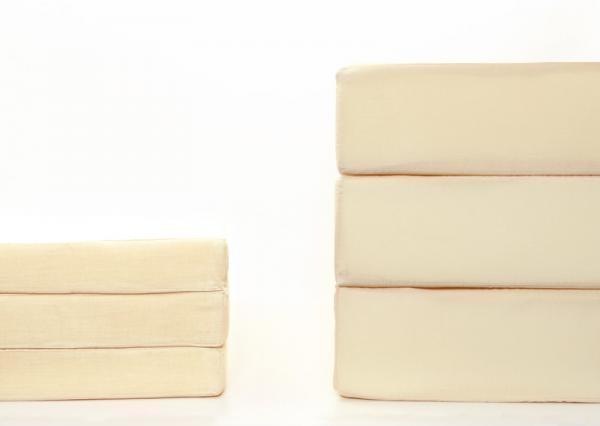 新20色 厚さが選べるバランス三つ折りマットレス6cmと12cmを用意