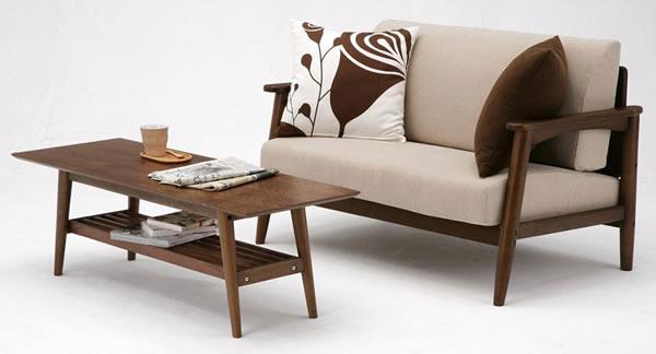 emo ウォールナット リビングテーブル ソファーと組み合わせイメージ