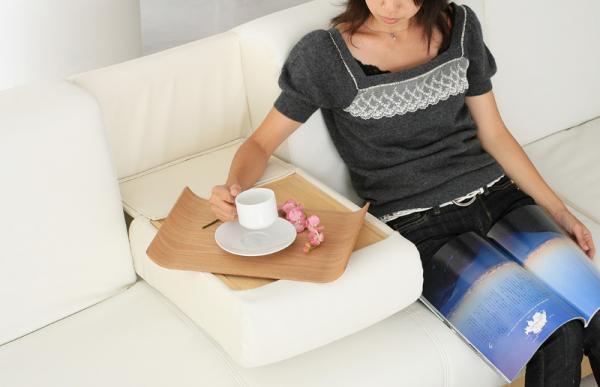 マルチソファベッド【LADIE】レディエ スツールタイプ ちょっとした時に便利なテーブル付き!