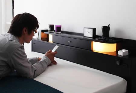 照明・コンセント付きフロアタイプダブルベッド【Dewx】デュークス ヘッド部イメージ