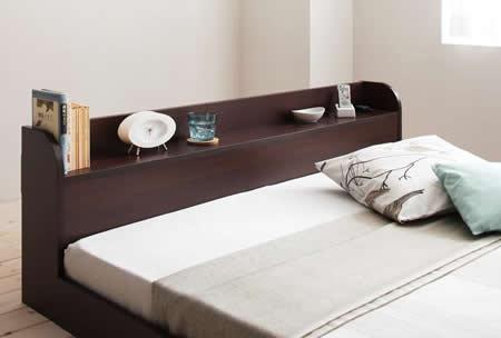 棚・コンセント付きフロアタイプシングルベッド【Cliet】クリエット 便利な棚付き