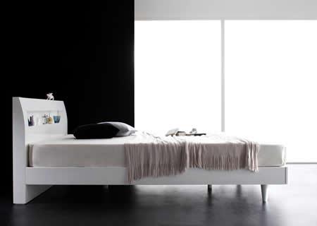 鏡面光沢仕上げ・コンセント付きすのこ仕様シングルベッド【Degrace】ディ・グレース