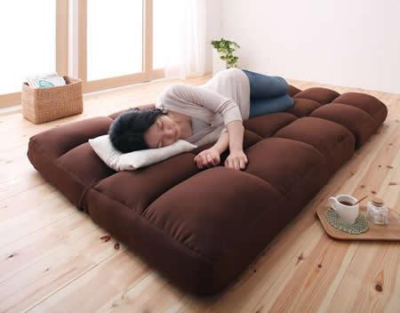 低反発素材使用。リクライニング機能付きコーナーソファー お昼寝ソファーとしても