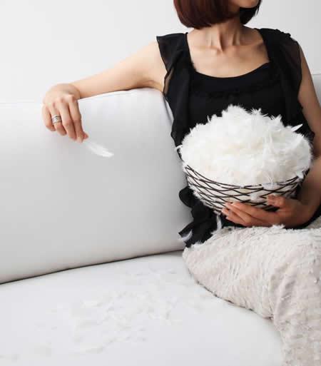 フランス産フェザー使用 モダンデザインソファー 160cm 包み込むような感覚