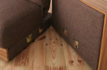マルチソファーベッド【noix】ノワ 金具でソファーとスツール肘掛を固定できます。