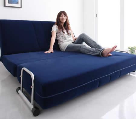 ふたりで寝られるダブルサイズカウチソファーベッド【ROLLY】ローリー 分厚いクッション